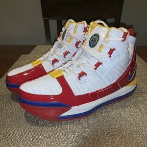 f1d70ed64223 Men s Lebron James Shoes Nike Zoom on Poshmark